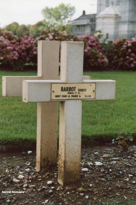 LE GENERAL BARBOT .