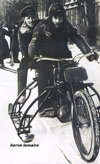 MOTOS ET CYCLES EN GUERRE